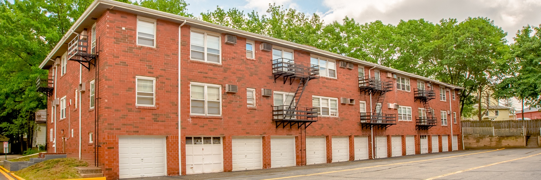 Placid Gardens Apartments For Rent in Highland Park, NJ